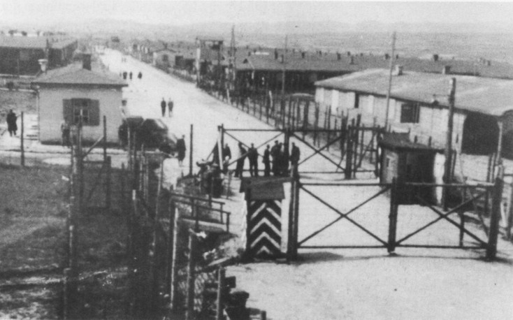 main_gate_stalag_xviib